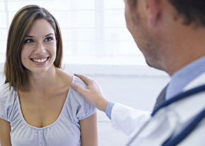 pain doctor consulting patient