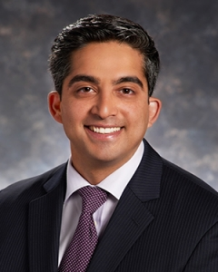 Pain management doctor Shawn Puri is an anesthesiologist and pain Specialistin Cherry Hill, NJ.
